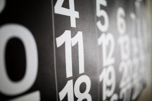 số nguyên: tính giao hoán, kết hợp và phân phối