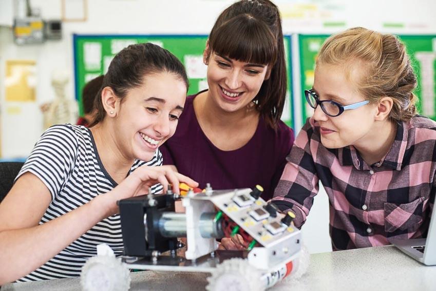 Giáo dục STEM tại Việt Nam có theo kịp giáo dục STEM trên thế giới?