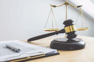 luật và văn bản pháp luật